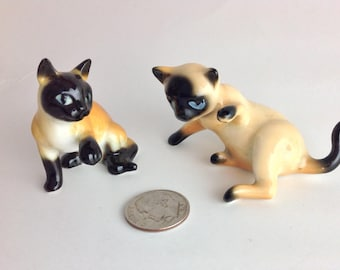 Vintage Siamese Kitten Cat Figurines Playful Siamese Miniatures