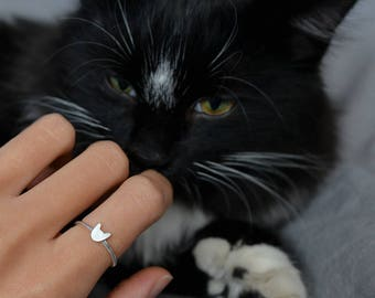 Cat ring, sterling silver small kitty ring