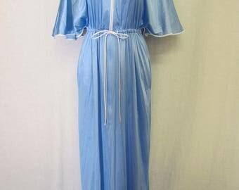 Vanity Fair Dressing Gown 1950s Robe Hostess Gown Boudoir