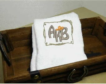 Initials Western Style Hand Towel, embroidered towel, bathroom decor, housewarming gift, home and living, decorative decor, kitchen towel,