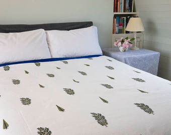 WHITE QUILT BEDSPREAD - Blue and Green Foliage and Cypress Tree