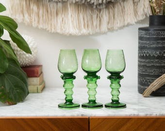 Green Wine Glasses - Antique Handblown Floral Etched Set of 3 Tropical Bubble Stem -Balusterrömer - Römer aus Theresienthal Art Glass