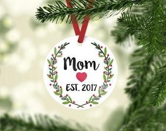 Christmas ornament / new mom ornament / custom ornament / new mom gift / baby shower gift / baby shower / gift for new mom / new mom