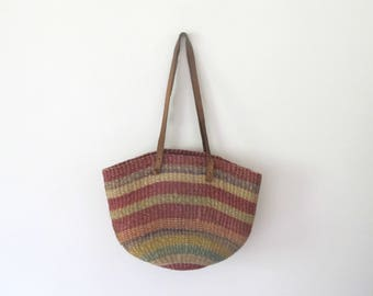Vintage 70s woven straw sisal & leather jute hippie market bucket bag