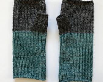 Fingerless Mittens Hand Warmers Wool Fine Gauge in charcoal and teal green