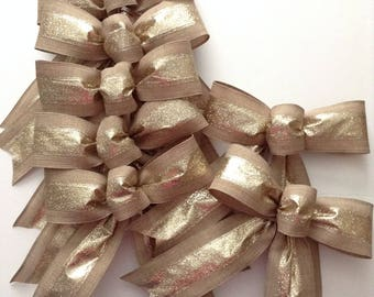Christmas Natural and Gold Bows / Set of 7 Bows / Gold and Natural Decorative Bows / Christmas Tree Bows / Handmade and Design wired ribbon