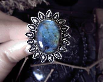 Labradorite Sun Ring, Witch Ring, Star Ring, Size 12 Ring, Chunky Ring