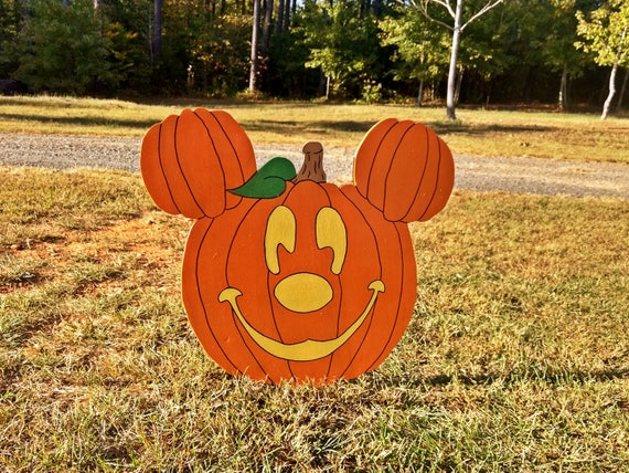 Mick-O-Lantern Pumpkin Mickey Mouse-Inspired Yard Sign