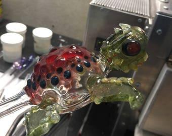Zombie Sea Turtle Tobacco Glass Pipe