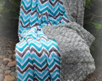 Double Minky Weighted Blanket 7-20 lbs-Chevron Print Minky/Gray Rose Cuddle Minky