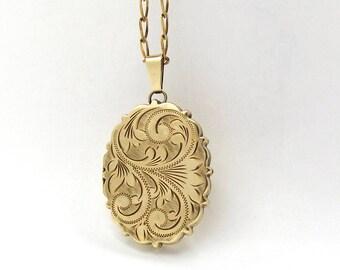 9ct Gold Locket Necklace | Vintage Oval 9k Locket Pendant