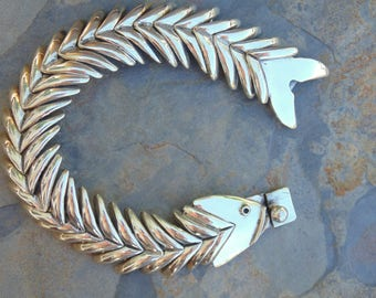 Melesio Villarreal ~ Chunky Mexican Sterling Silver Articulated Fish Bones Bracelet -72 Grams