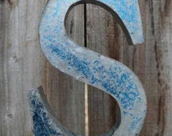 Medium vintage style 3D blue letter S