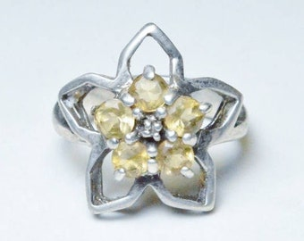 Vintage Sterling Silver Yellow Stone Flower Ring Size 7