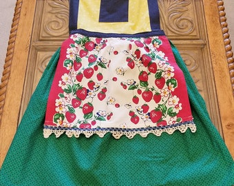 Retro Style Moda Towel Full Apron, Retro Look Apron, Full Skirt Apron, Strawberry Apron, Ready to Ship, MarjorieMae