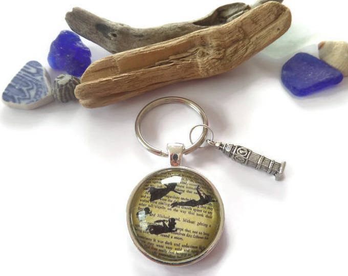 "Peter Pan inspired 25mm / 1"" glass dome ""flying through the sky"" big ben charm KEYRING fan gift Uk"