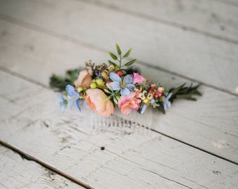 Pastel hair comb Hair comb with pastel colors Hair comb in blue-peach combination Romantic bridal comb Wedding comb Bridal hair jewellery