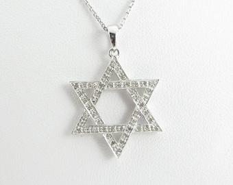 14k White Gold Diamond Jewish Star Pendant Necklace 16 Inches