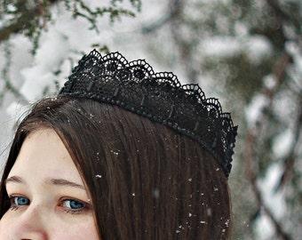 Black tiara Cosplay crown Black Lace Crown Headband Gothic headpiece Birthday Lace Crown Black Crown Evil queen crown black swan crown hair