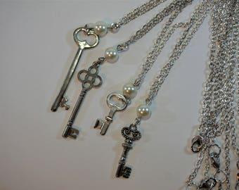 Elegant Antique Key Necklace