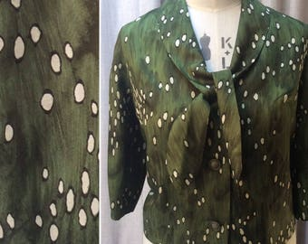Early 1960's Vintage Blouse in Abstract Olive Green and Cream Print  Label: Clegg modes tailleurs UK Size 18  Original Vintage Sixties 60's