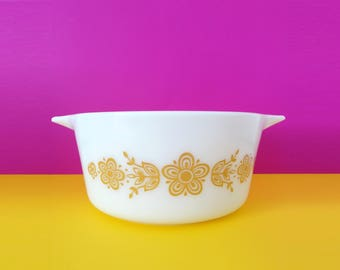 FREE DELIVERY! Vintage 1970's PYREX Butterfly Gold 474 1 1/2 Quart Casserole Dish (No Lid)