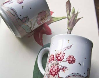 2 Matching Taylor and Ng Coffee Cups ~ Artist M Matson ~ Holiday Coffee Mugs ~ 1986 1988 Foody Culture ~ Pink and Sage Berries ~ SF & Japan