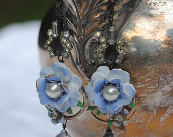 Periwinkle Blossoms--Vintage Enamel Faux Pearl Flower Earrings Art Deco Rhinestone Links Moss Amethyst Briollette EARRINGS