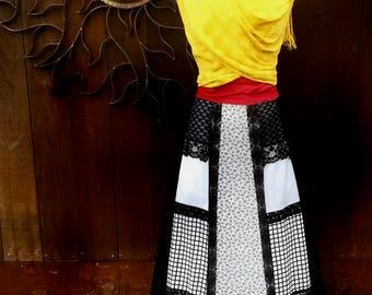 Vintage 1970's Black and White Maxi Patchwork Skirt, 70's Maxi Skirt, Carefree Fashions Skirt, Frida Kahlo Skirt, Bohemian