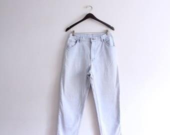 Classic Light Blue 90s Wrangler Jeans