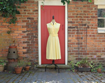 80s does 50s dress / 50s style dress / vintage yellow cotton day dress / full skirt