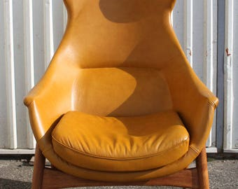 Mid-Century Modernist High Backed Armchair, 1950s
