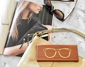 Brown Foldable Hardback Sunglass & Eye Glass Travel Case: Gold Foiled Design