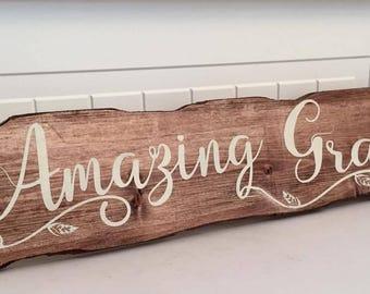 Amazing Grace houten teken. Christelijke religieuze houten teken. Handbeschilderd houten teken. Rustieke houten borden. De Decor van het huis. Inspirerende tekenen
