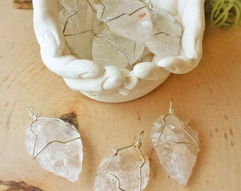 Quartz Arrowheads, Healing Crystals and Stones, Quartz, Arrowhead Stone, Arrowhead Pendant, Metaphysical Crystal, Witchcraft, Wicca, Witch