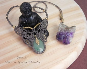 Macrame Bohemian Necklace with AVENTURINE healing crystal. Spiritual Jewelry. Talisman Necklace. Protection Amulet.