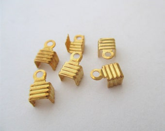 Gold Plate Corrugated Cord Ends, Gold Cord Tips, GP  Fold Over Cord Ends, GP Cord Caps, Crimp Cord Ends, 6.5x4.5mm, lot of 98