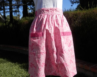 Pretty in Pink apron, Women's apron, Pastry apron, Cooking apron, Retro apron, Apron with pockets