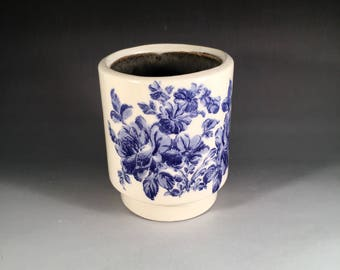 Small Blue Floral Tumbler