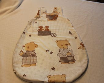 Nice warm sleeping bag for baby Cubs theme.