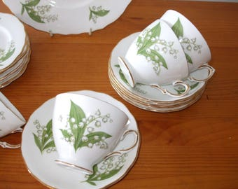 "Ridgway Potteries Ltd - Royal Vale ""Lily of the Valley"" tea set, cups, saucers, tea/side plates and bread/cake plate"
