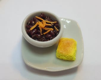 Miniature Chili and Cornbread dollhouse miniatures