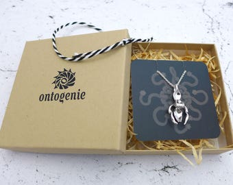 Ontogenie Gift Box - packing material - twine - business card