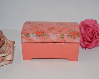box / jewelry box