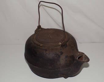 Vintage Cast Iron Tea Kettle Teapot 7