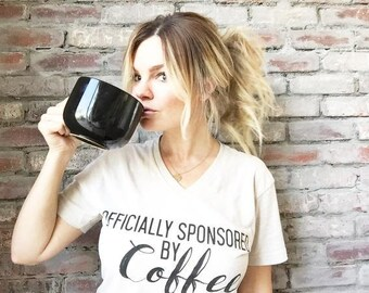 Camiseta café   Camiseta de alimentos   Camiseta café   Estilo suave t   Mujer unisex   Ropa   Mejor amigo   Regalo   Amante de café   Pero primero   TS