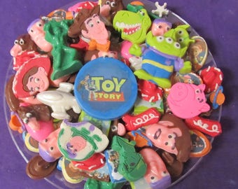 Story Talking Toys Cowboy and Spaceman Pig Dinosaur Cowgirl Alien chocolates candy tray