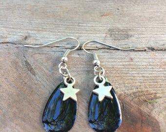 Silver drop earrings black enamel and Star