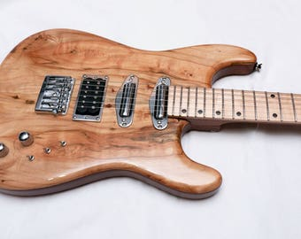 Double-Cutaway Stratocaster-Style Sapele Mahogany Electric Guitar with Maple Top