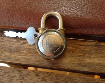 Vintage  MINI 9-9 PADLOCK LOCK with Key